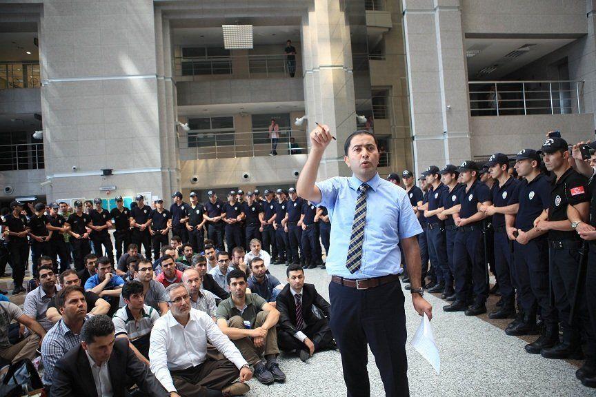 incalcari drepturilor omului politisti