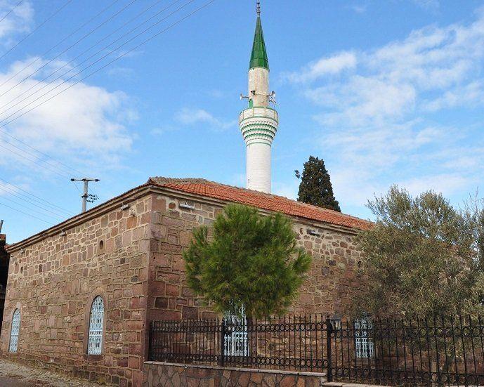 Pietrele templului gasite intr-o moschea