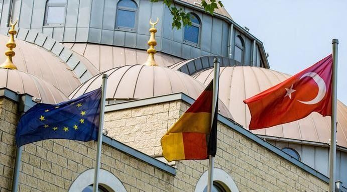 camiler moscheia din germania